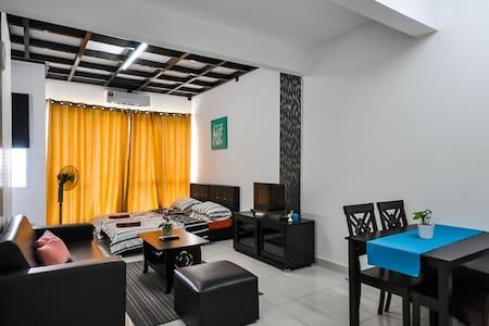 GK Studio Homestay @De Centrum Bangi FREE Wifi - Kajang - 公寓