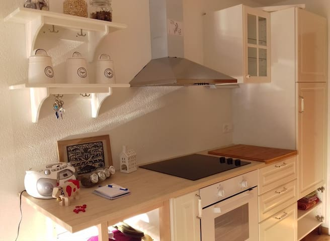 Remarkable studio new renovate right by the cable car with small garden in Leysin - 000202