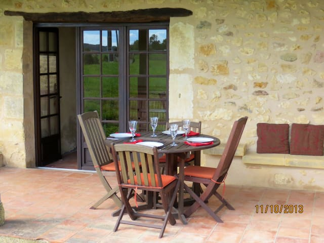 Beautiful Stone Gite in Dordogne  - Lanquais - Casa