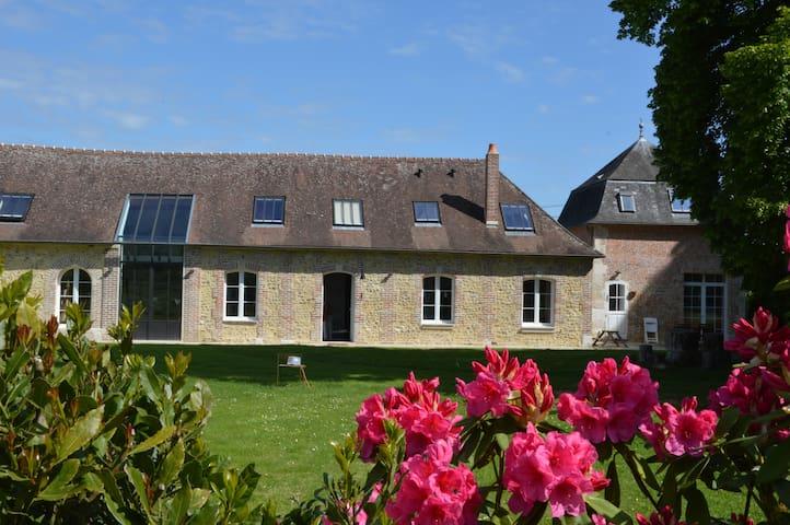 XVIII Orangery Restored in 2013 - Le Thuit - วิลล่า