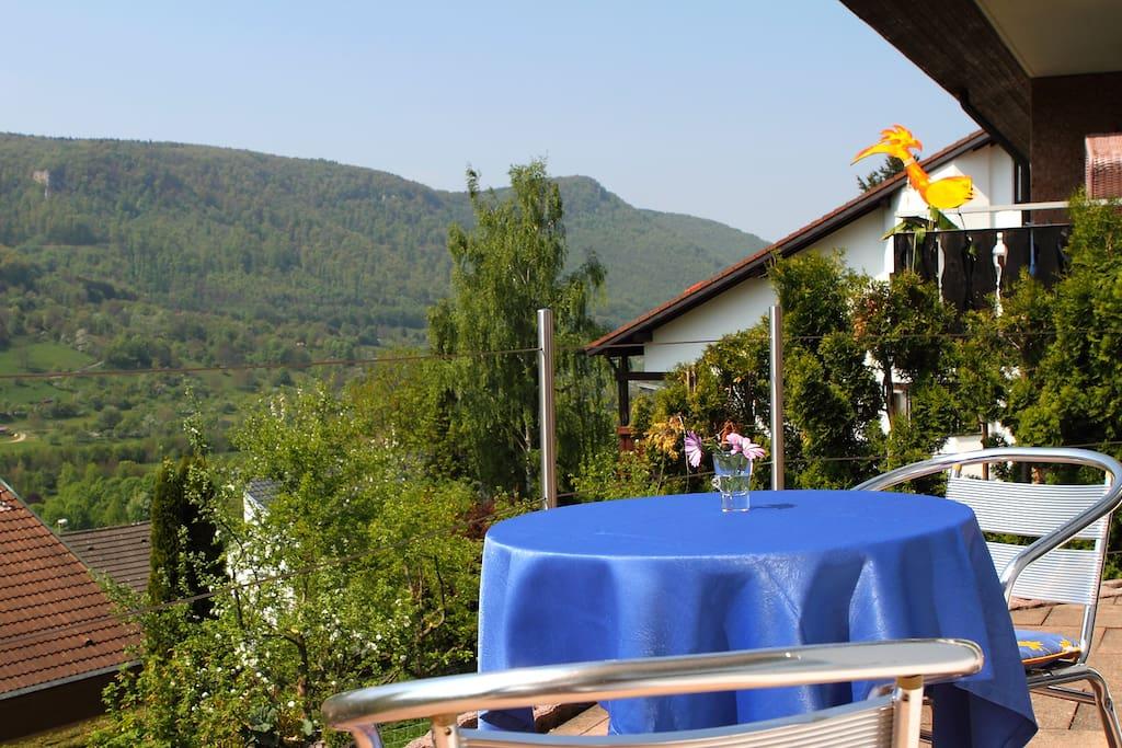 Terrasse Aussicht auf Schwäbische Alb