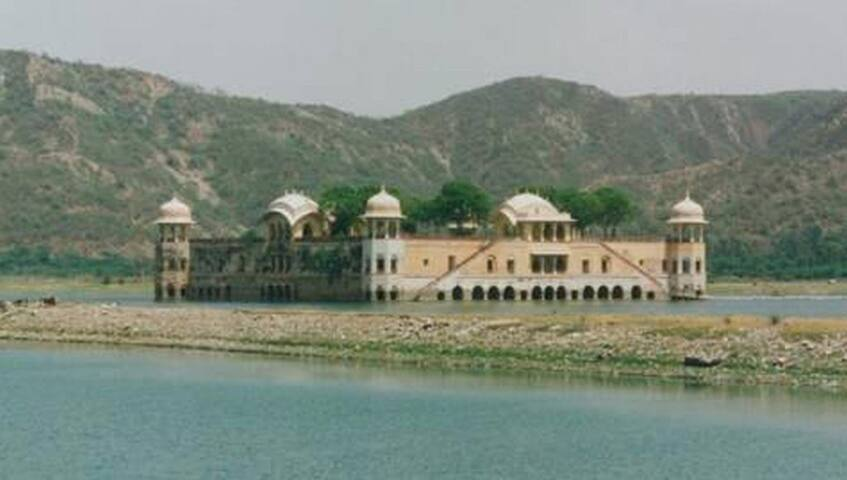 Hotel Jaipur Darbaar  - Close to Water Palace