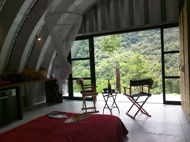Modern house facing the Atlantic rain forest - Paraty - Huis
