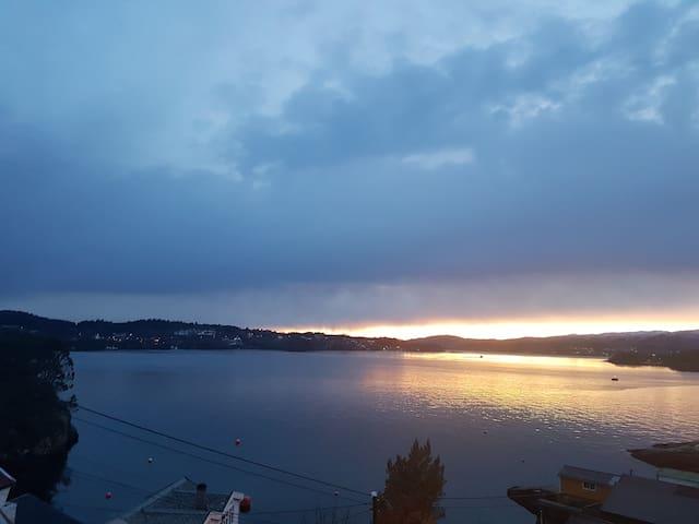 Luxury villa, sea view, 10 min from Bergen center