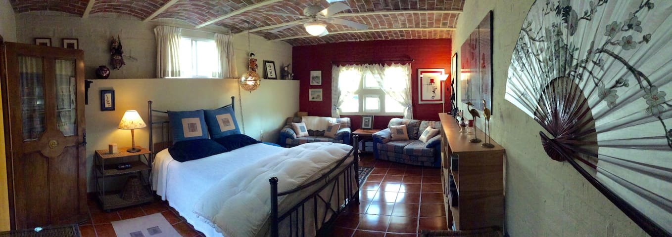 Separate entrance room with added benefits - Ajijic - Casa