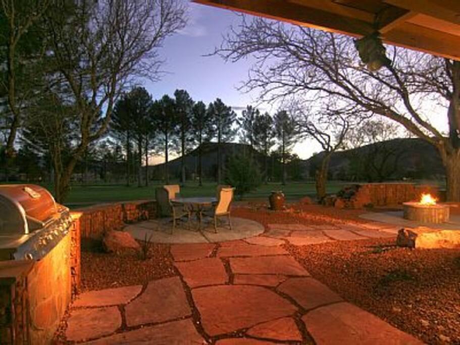 3 Bedroom Golf Home On Oak Creek Country Club