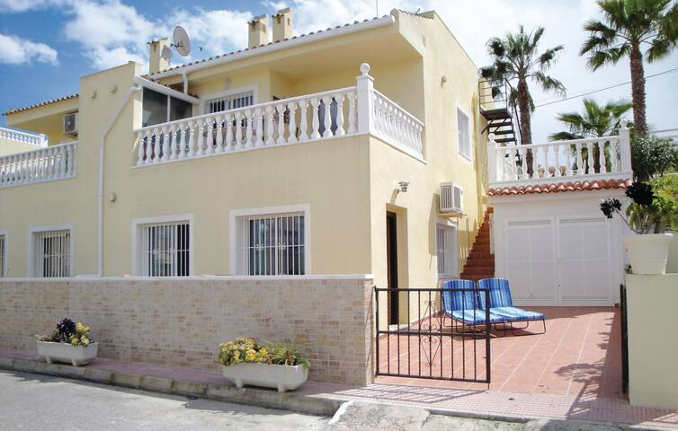Holiday apartment with 2 bedrooms on 70m² in Rojales