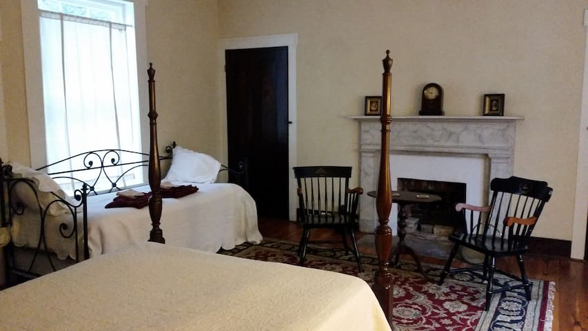 The Gardner's Room at Mountain Home