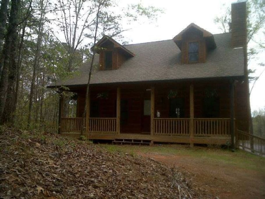 Falling leaf retreat ellijay cabin cabins for rent in for Ellijay cabins for rent by owner