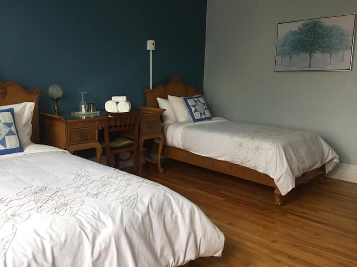 Two single beds with free parking