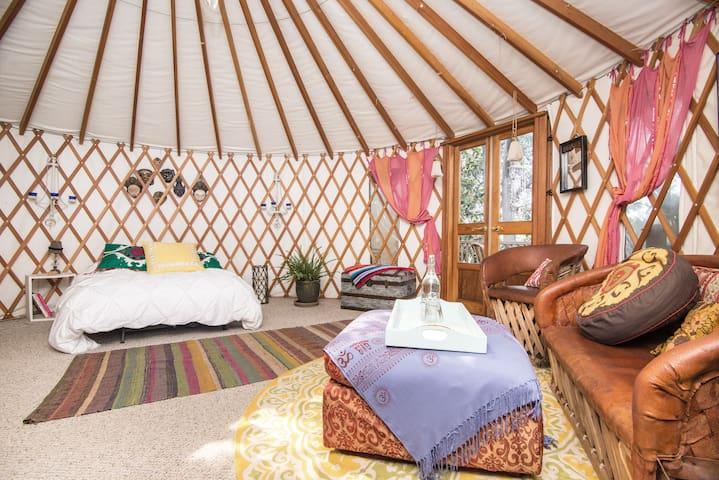 Silver Lake Yurt - Los Angeles - House