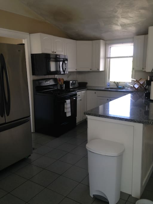Convenient fully equipped kitchen