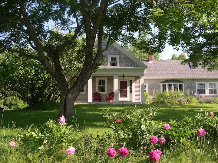 Idyllic Coastal Farmhouse