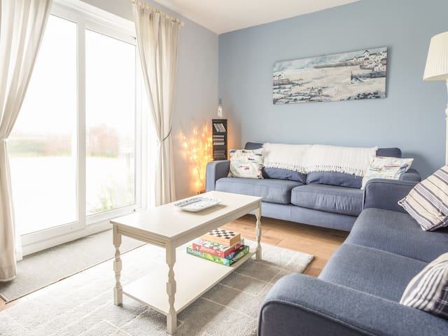 ATLANTIC AYR, pet friendly, with a garden in Bude, Ref 975372