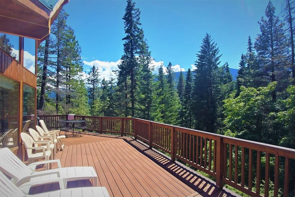 Gorgeous views from the deck at Timber View Lodge.