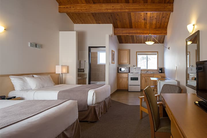 PRIVATE Canmore Room in a Central Location | Great Value!