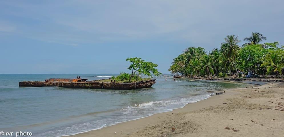 Ro's guide to Puerto Viejo de Talamanca