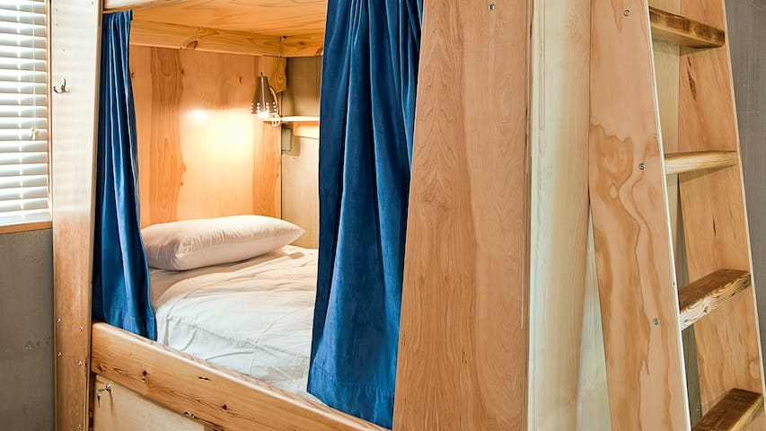 Super Bunk @ The Crash Pad: An Uncommon Hostel