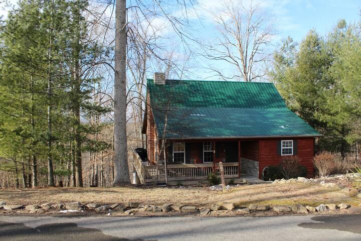 KY Lake Cumberland Woodland Cottage