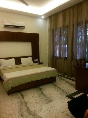 Studio Apartment next to AIIMS on ring road