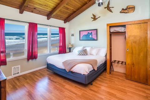 Cliff-side Ocean View Room - Hunting Lodge Theme