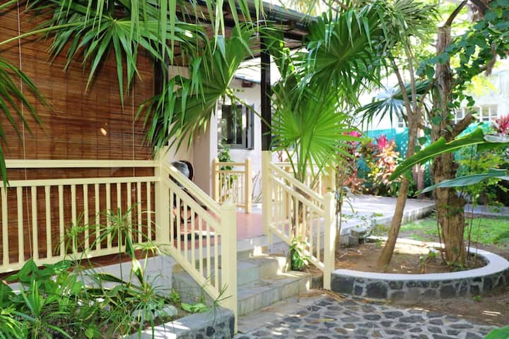House with 2 bedrooms in Blue Bay, with terrace