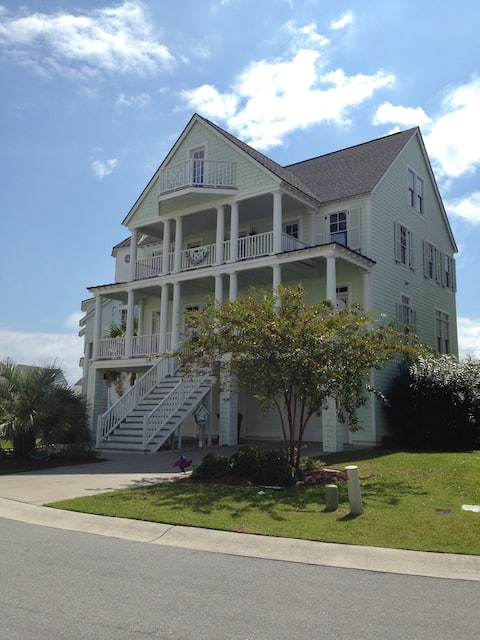 Atlantic Beach Home with THREE Master bedrooms!