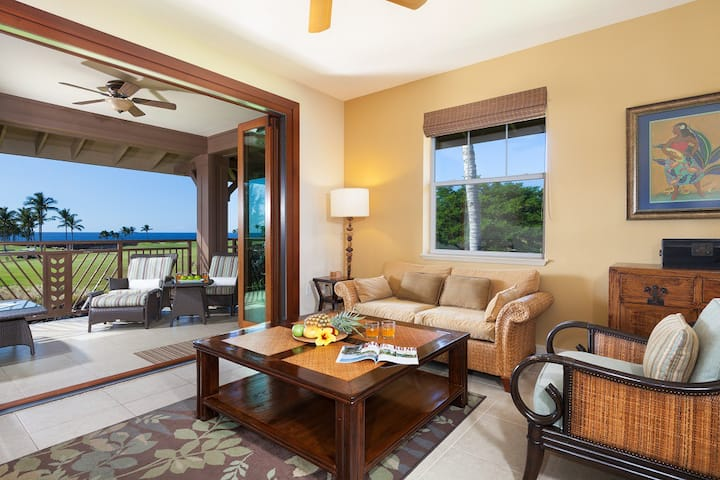 Halii Kai 8D.  Hilton Waikoloa Pool Pass Included for stays in 2021!  Ocean Views