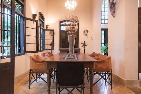 Galle Living - Galle Henna Estate 5 bedroom villa - Talpe - Villa