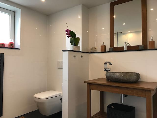 FeWo 70 qm- Chorin-zwei Zimmer,Küche,Bad,Terrasse