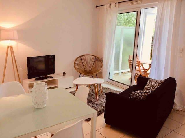 Studio 30 m² proche centre ville BAYONNE