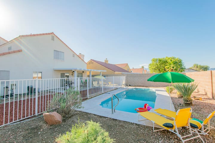 ★The Dawn, pool & relax, 4 rooms plus bonus room!★