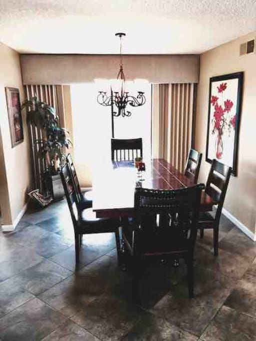 Dining Room Table fits 6