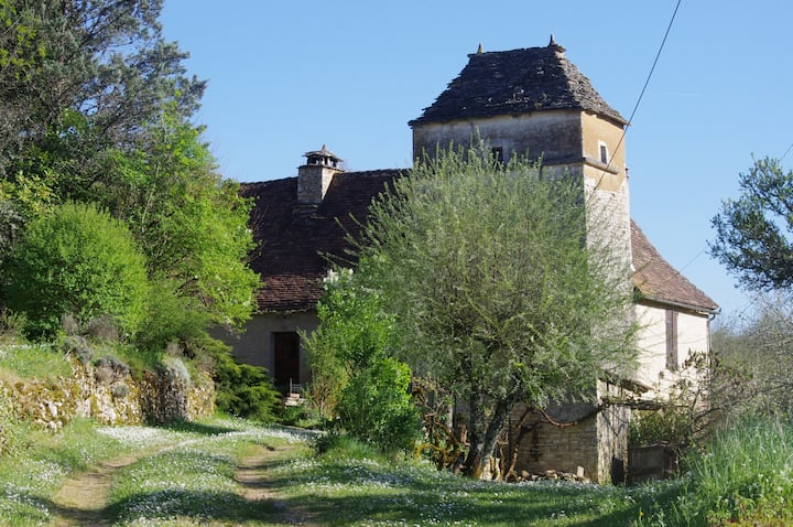 Unique house close to Lot& Dordogne