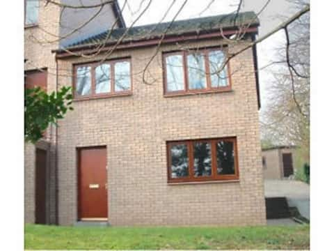 Modern Duplex Flat - situated in private grounds.
