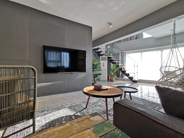 无舍公寓Apartment Z.Loft复式.13江景半环绕榻榻米大床房