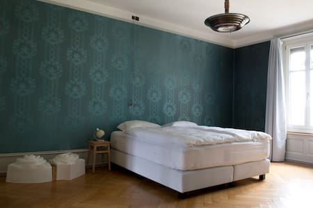 B&B Fleury's, Blaues Zimmer - Berna - Bed & Breakfast
