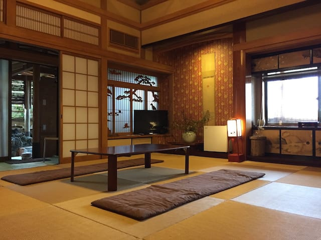 #2Japanese style hot spring inn with private bath