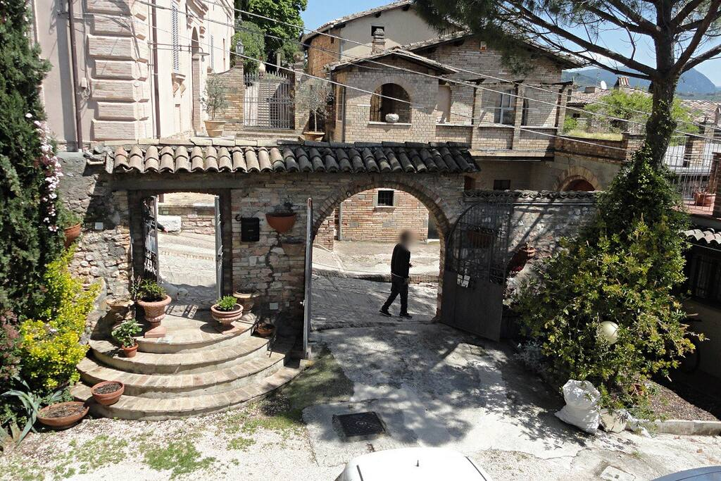 Residence La Terrazza - Houses for Rent in Spello, Umbria, Italy