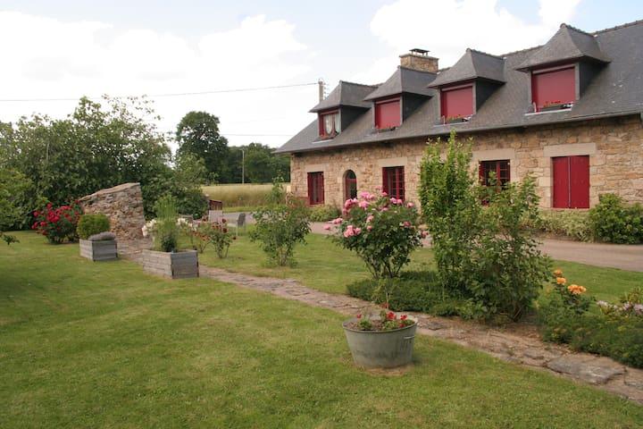 Ti-Laouen Chambres et table d'hôtes pas gîte - Saint-Cast-le-Guildo - Bed & Breakfast