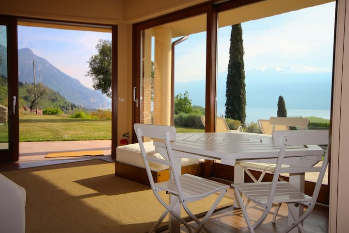 Garda lake view apartment - Toscolano Maderno - Huis