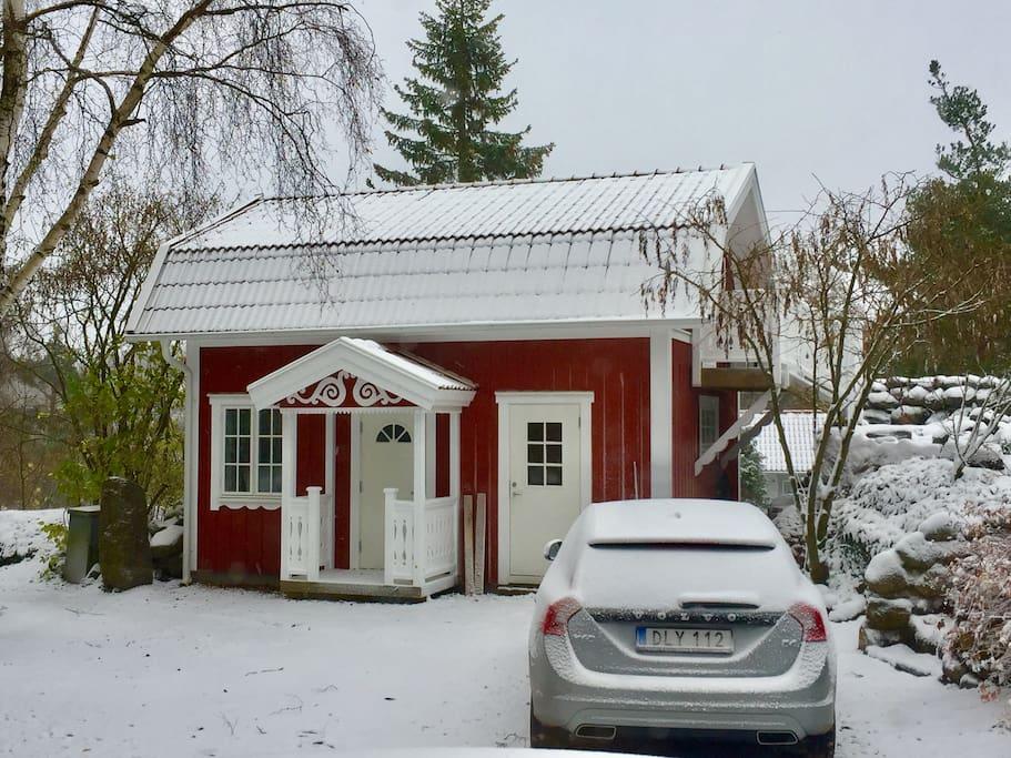 Du kan även hyra stugan vintertid.