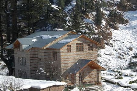 Lovely Cottage Bank of Beas River  - Manali