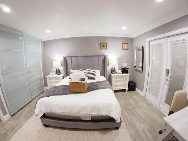 Luxury Master Suite in Silicon Valley