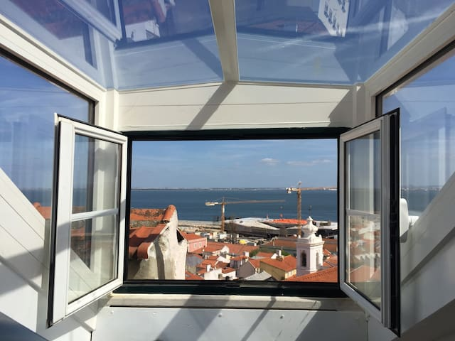 The one and only Alfama River View - Lisboa - Apartment