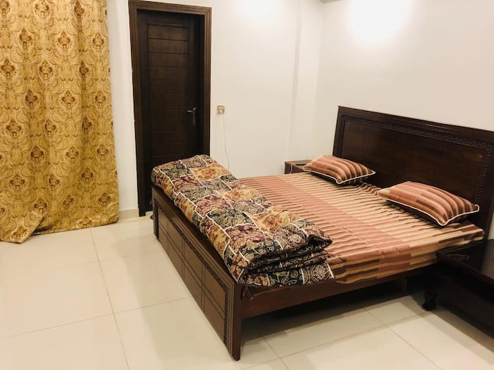 Fully furnished aparment + Netflix 1BHk