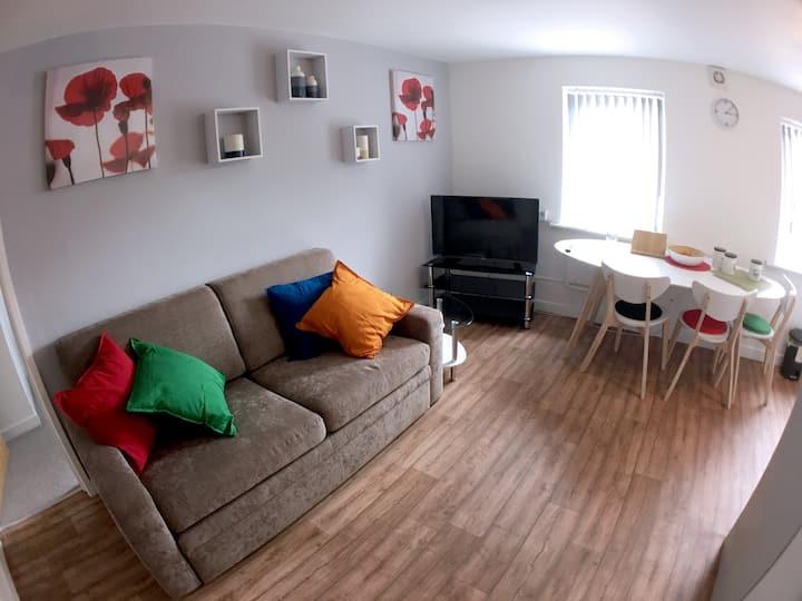 Phoenix House Apartment/3