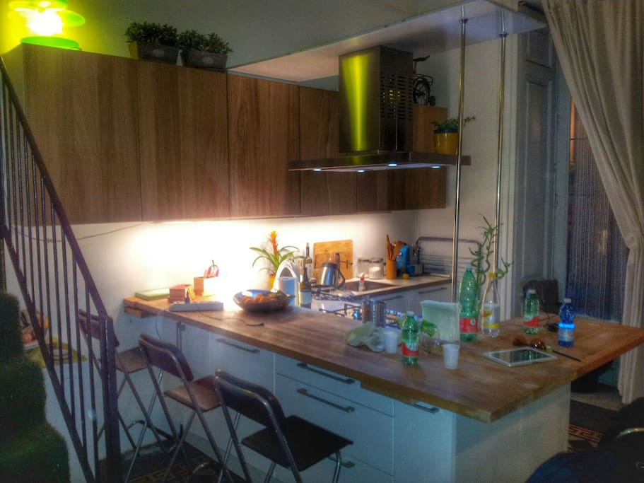 Kitchen at night, sits 7 guets