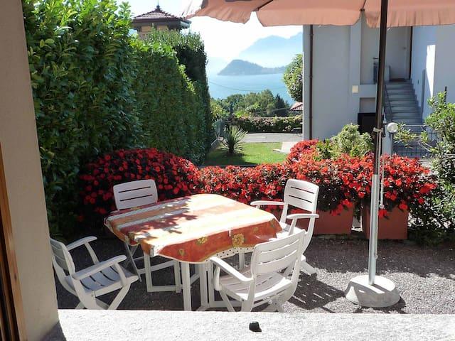 Deliziosa casetta vista su Bellagio - Menaggio - Huis