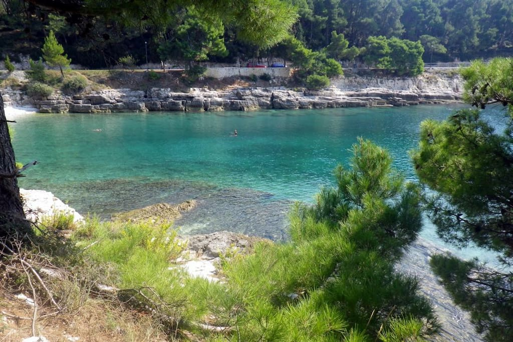 We are in the best part of Pula, known for its beautiful long seawalk